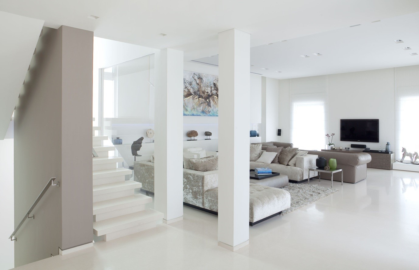 Let There Be White Modern Designer Furniture And Sofas